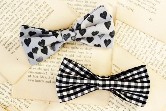 A Beautiful Mess | How to Make a Bow Tie